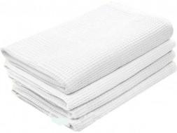 Белое полотенце